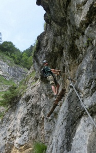 Holzabalkenpassage - Hausbachfall Klettersteig