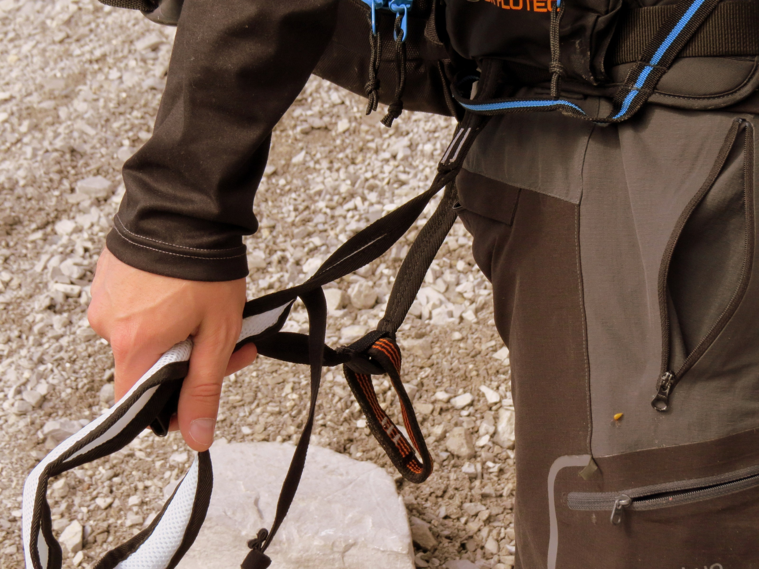 Skylotec Klettergurt Test : Rucksack im test der skylotec mit integriertem