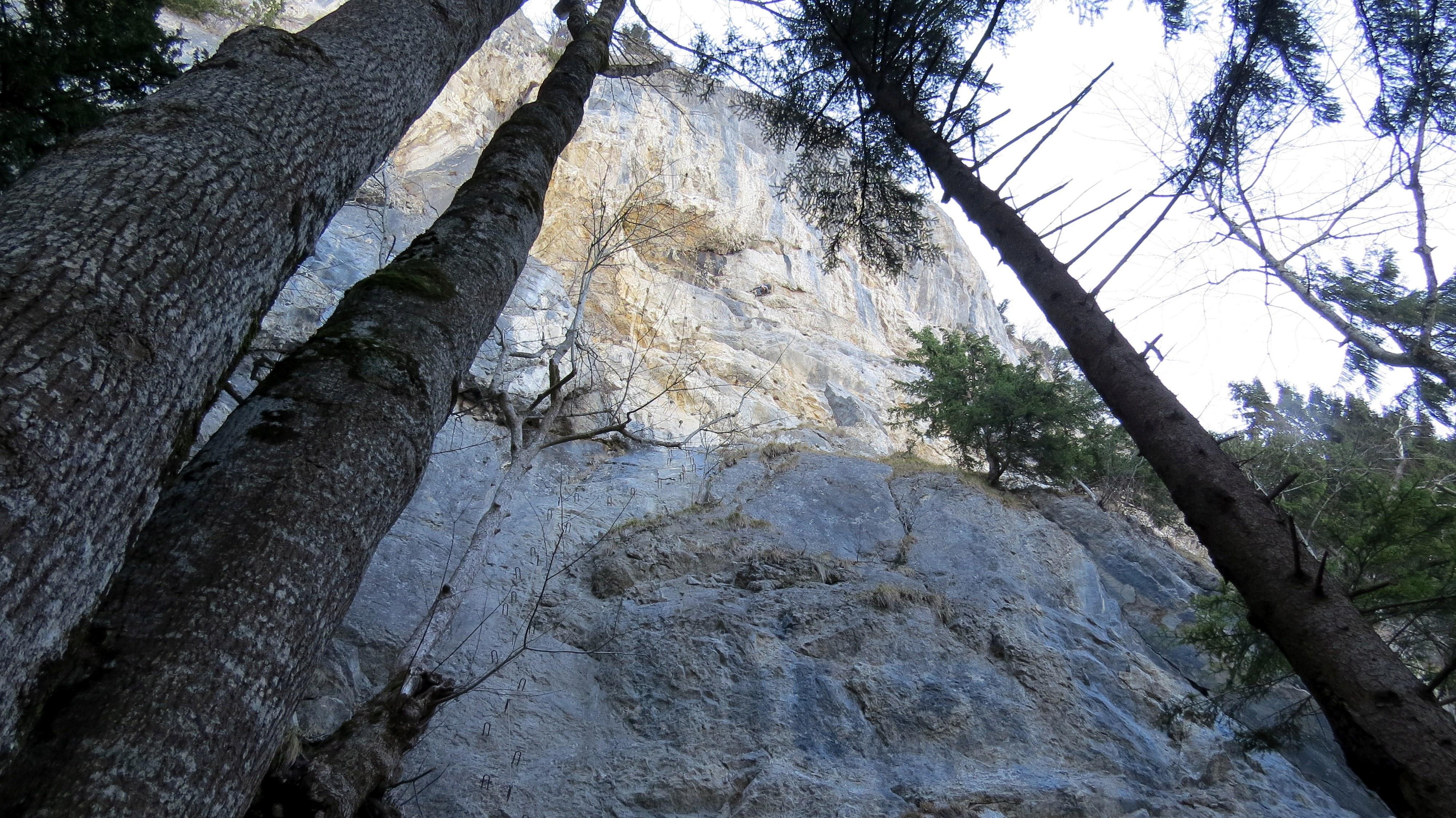 Via Kessi Klettersteig : Saisonauftakt an der via kessi d e patruckel